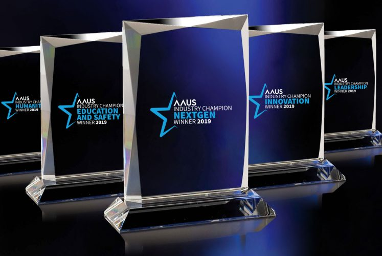 1280-AAUS-awards-trophy